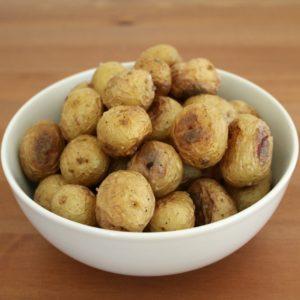 salt-crusted-baby-potatoes-01