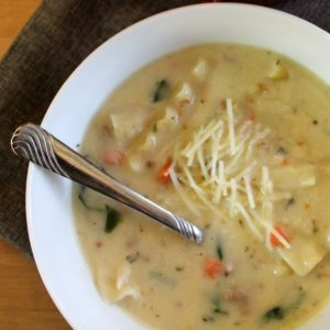 white-lasagna-soup-01