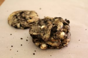 Cookies and Cream Cookies with White Chocolate Chips | Sam's Dish