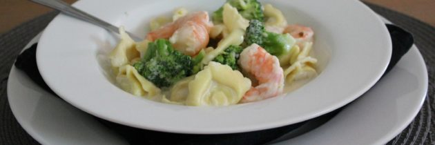 Shrimp and Broccoli with Cheese Tortellini